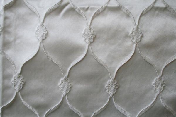 LODI / SNOW WHITE / 99% Polyester 1% Lurex