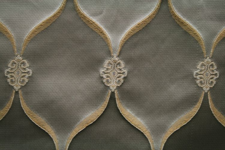 LODI / PLATINUM-4C / 99% Polyester 1% Lurex