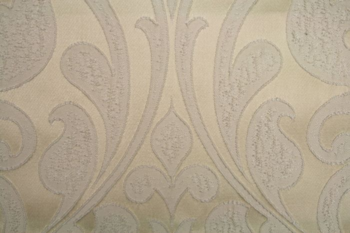 DELTA / IVORY-4IV         / 100% Polyester