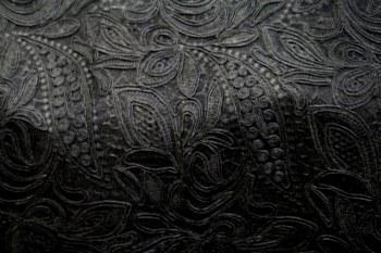 CREATION / BLACK