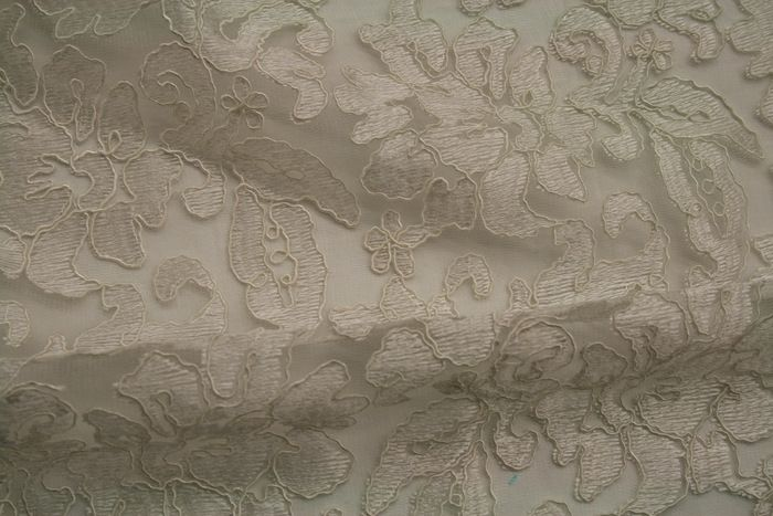 LACE FABRIC AVE / IVORY         / 100% Polyester