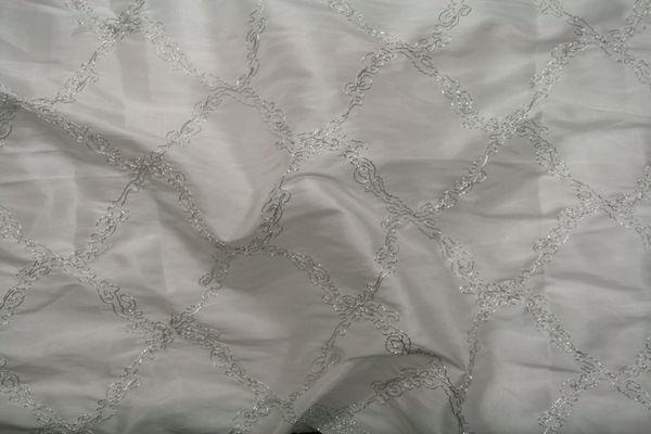 AFFORDABLE SILVER EMBROIDERD TEFFATA CLOSEOUTS