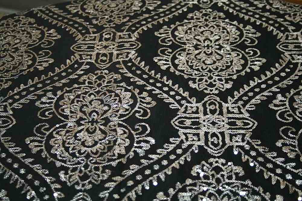 GLITTER SILVER BLACK JACQUARDS SEQUENCE