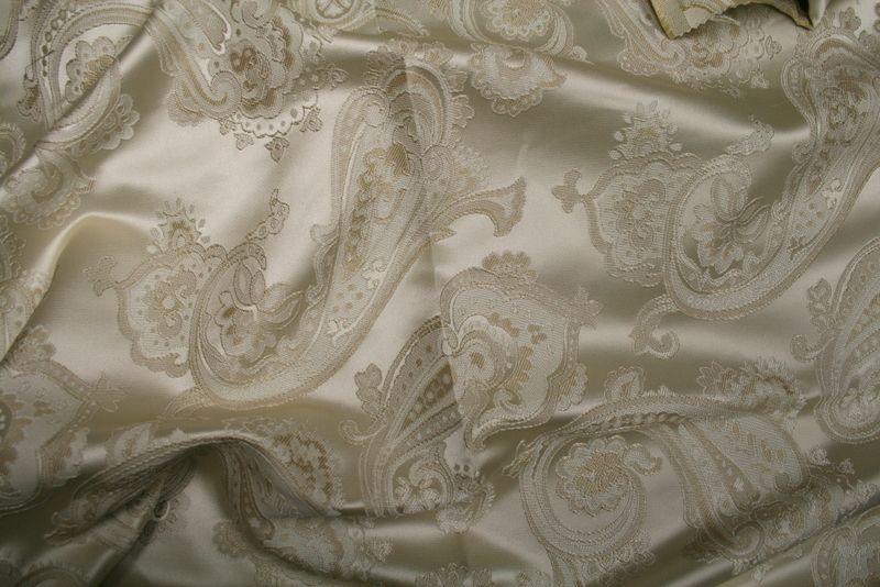 LAREDO / IVORY / 100% Polyester