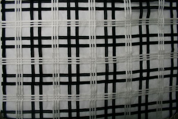 COUNTRY COTTAGE / BLACK / 100% Polyester