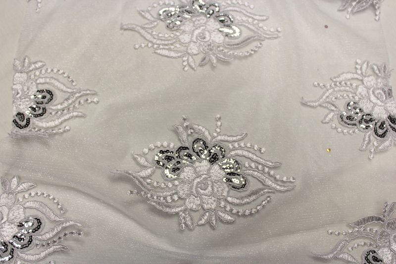ROUNDAROSE / WHITE / 100% Polyester