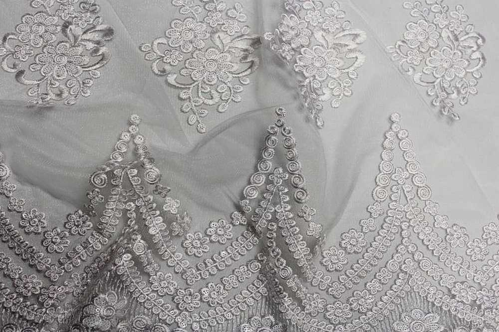 BEVERLY / WHITE / 100% Polyester