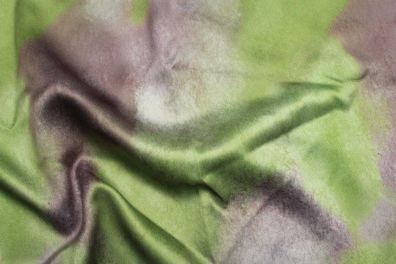 AQUARIUM / PLUM / 100% Polyester