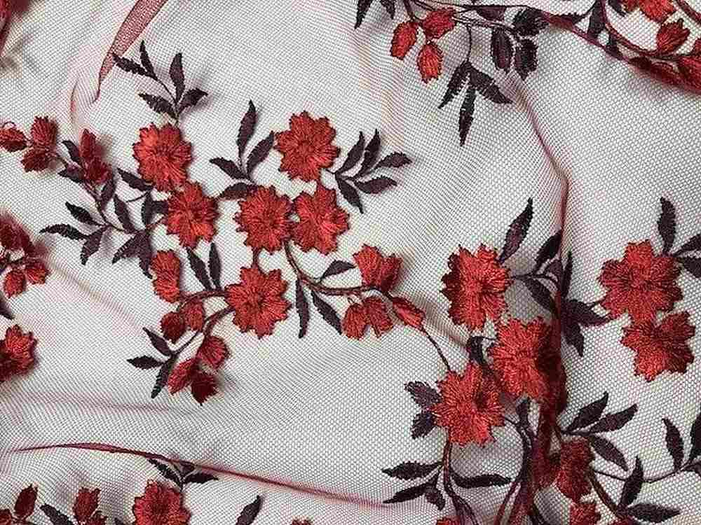 NEBRASKA / BURGUNDY / 100% Polyester