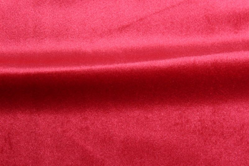 VELVETEEN / CHERRY RED / 100% Polyester 183cm