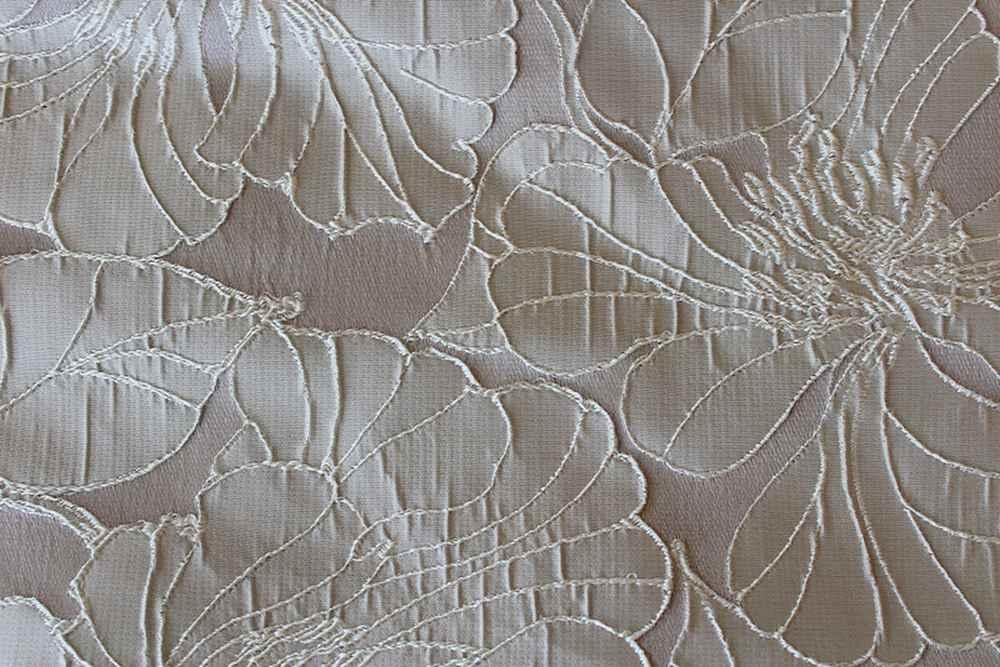 CAMBRIDGE / SILVER-550 / 100% Polyester